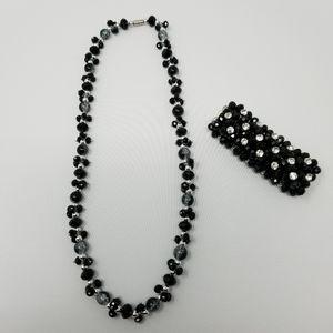 Beautiful Classic Glass Bead Necklace & Bracelet